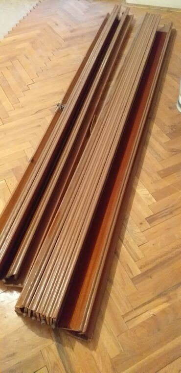 Harmonike - Srbija: Harmonika,hrastova,dvokrilna vrata.Dobro ocuvana.Cena 100EVisina
