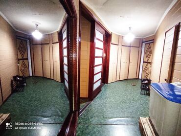 Продается квартира: Сталинка, Ошский рынок, 3 комнаты, 80 кв. м