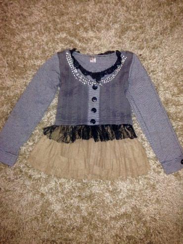 Продам нарядную кофту на девочку 2-3 лет,в хорошем состоянии  в Бишкек