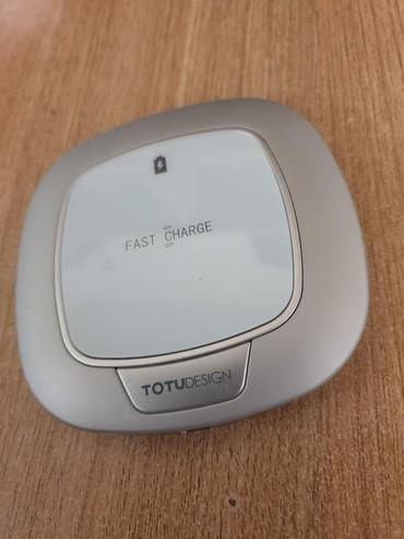 Totu quick charge. Fast charge. 10w. Беспроводное зарядное устройство. в Бишкек