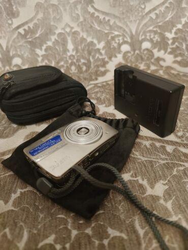 фотоаппарат зоркий в Азербайджан: OLYMPUS yaxshi veziyettedir polniy komplektnan satilir