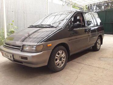 Nissan Prairie 2.4 л. 1992