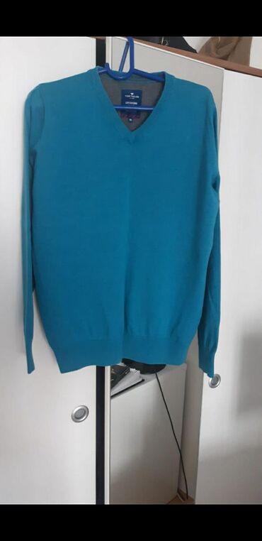 Muški Duksevi | Kladovo: Skoro nova bluza, M