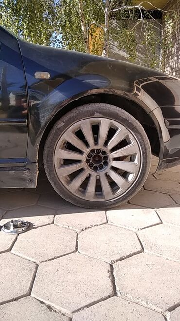 шина 205 65 r15 в Кыргызстан: 225/45 R18 комплект Стоят на Volkswagen Обмен на 205/55 R16 с дисками