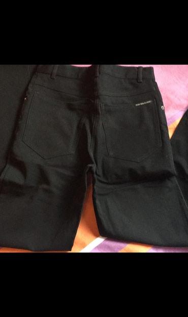 Rocco Barocco original pantalone. Veli;ina XS. Klasican model, ravne. - Uzice