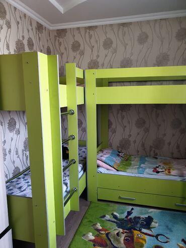 480 объявлений: Двух этажные детские диваны.Пользовались год.Цвет: ярко