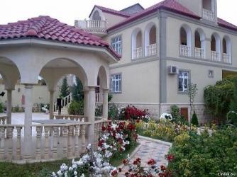 - Azərbaycan: Bag evine aile teleb olunur qalmaq serti ile. Er arvad olsun usaq olma