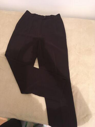 Pantalone m tamno braon imaju dva zakopcavanja napred - Srbija: Pantalone neka braon crna boja, nosene samo dva puta