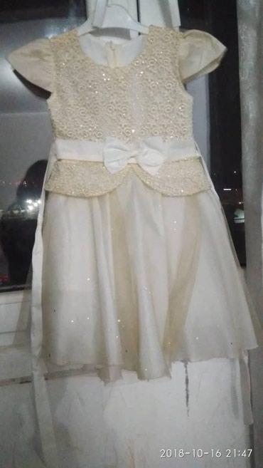 Платье нарядное на 5-6 лет новое в Бишкек