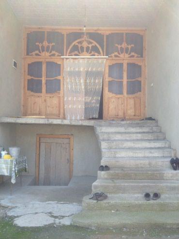 Şəmkir şəhərində Semkir Rayonu Awagi Seyfeli kendinde yeni tikili ev satilir  ev kendin