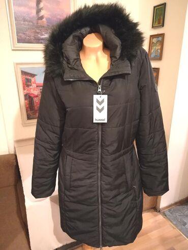 Prilikom - Srbija: Odlicna ocuvana zenska zimska jakna sa kapuljacom Hummel. Odlicna