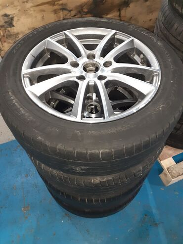 Колеса в сборе для Хонда. Диски в идеальном состоянии как новые. Резин
