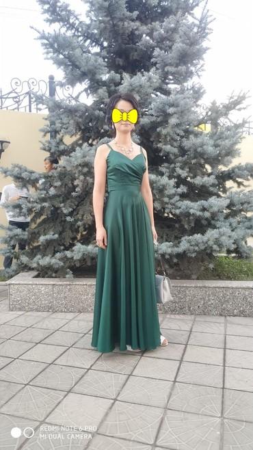 вечернее платье шелк в Кыргызстан: Платье шёлк размерМ, с разрезом,одела на 4 часа
