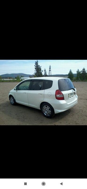 купить авто в токмаке in Кыргызстан | КНИГИ, ЖУРНАЛЫ, CD, DVD: Honda Fit 1.3 л. 2003