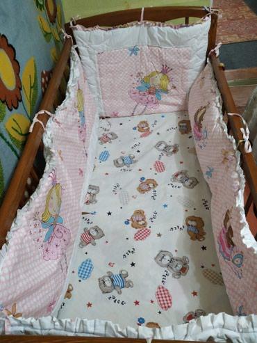 Продаю бортики на детскую кроватку в Бишкек
