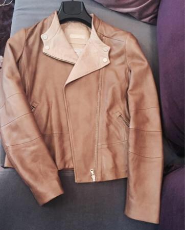 Bakı şəhərində куртка massimo dutti, надевала один раз, размер m