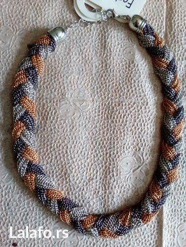 Ogrlica dužine 43 cm sa mogućnošću produžavanja još 7 cm, veoma - Valjevo