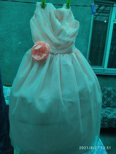 Платье на девочку на 8-10 в отличном состоянии за 3 кг порошка автомат