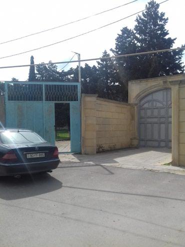 Bakı şəhərində Nardaran bağlarında 27 sotda köhnə tikilisi olan bağ sahəsi
