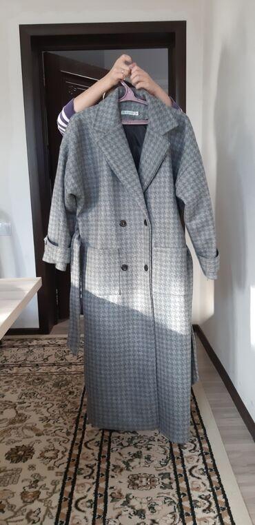 Продаю новое пальто. Покупали за 2500 продадим за 2200 размер 54