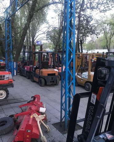 АРЕНДОВАТЬ ВИЛОЧНЫЙ ПОГРУЗЧИК в Бишкек