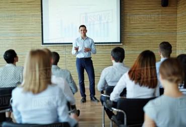 Нужны специалисты с педагогическим образованием. в Бишкек