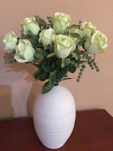 Небольшие вазы прекрасно заполнят в Бишкек