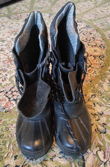 Зимние ботинки, производства Канада.Очень теплые, носил только один