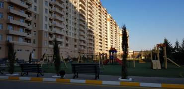 audi 100 2 d - Azərbaycan: Mənzil satılır: 2 otaqlı, 82 kv. m