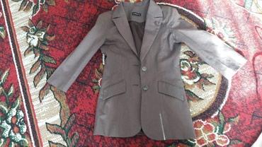 Б/у женский пиджак состояние отл.размер 42 цена 400с в Бишкек