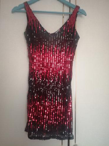 Haljine   Beograd: Mini haljina šljokice XS/SMini haljina od crveno crnih šljokica
