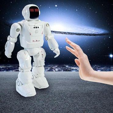 robot konstruktorları - Azərbaycan: Devo Robot - 85 AZN. Pult ilə idarə edilən robot oyuncaq
