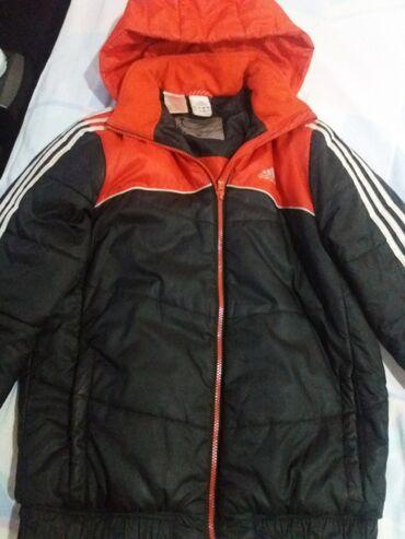 Adidas jakna velicina L