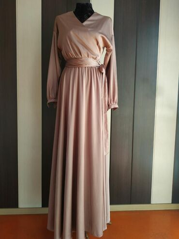 Срочно продаю вечерние платья   я начинала свой бизнес по продаже/прок
