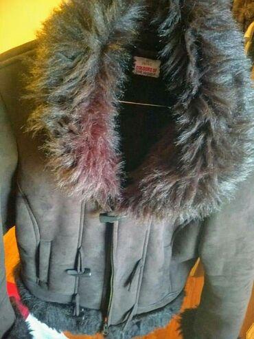 Pal zileri - Srbija: Plis kaput sa krznom, veoma očuvan kao nov, bez oštećenja