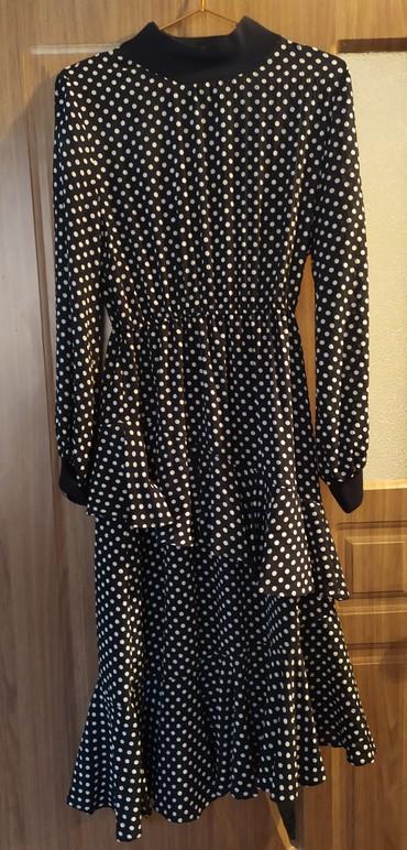 размер 44 платья в Кыргызстан: Продаю платье. размер 44-46 почти новое. Один раз одела на мероприятие