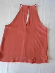 Bluza Only originalnog kroja, M veličine - Beograd - slika 3