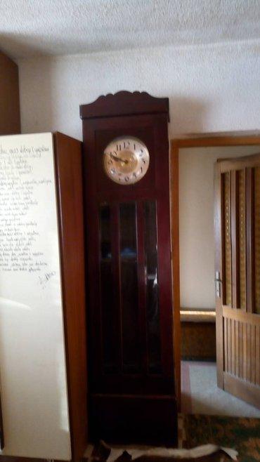 """Prodajem samostojeći drveni sat iz 1904.godine. visina """"kutije"""" 2,2 - Beograd"""