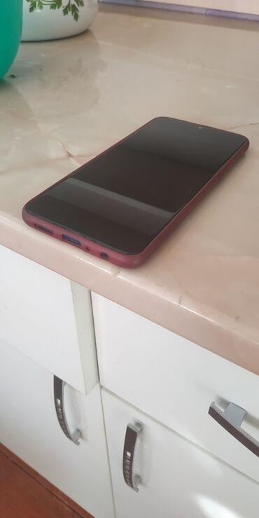 Электроника - Кызыл-Кия: Б/у Samsung A10s 32 ГБ Синий