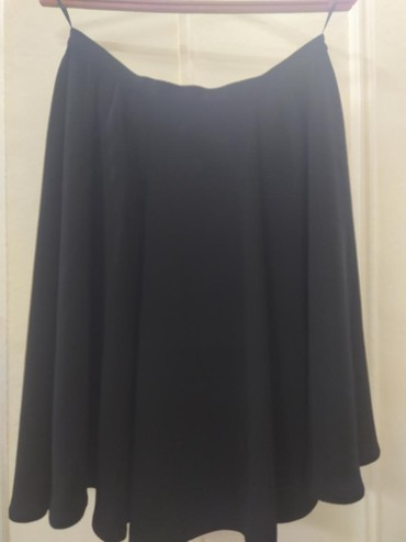 Продаю юбки, размер l, носились пару в Лебединовка