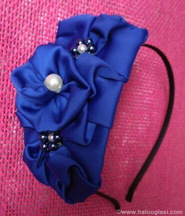 Diademe - Srbija: Rajf za kosu,izrađen od kraljevsko plavog satena i perlica. Za sve