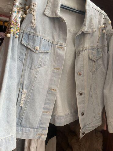 Джинсовая куртка в хорошем состоянии