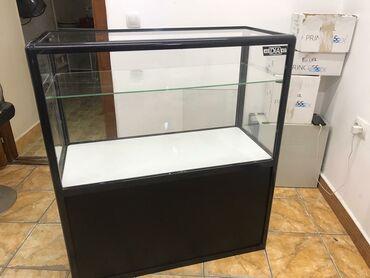 Продаются торговые витрины от фирмы diaвысоких-8 шт средних-2 шт