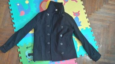 Muska jakna-kaput, kratka. bez ostecenja H&M DIVIDET velicina S - Novi Sad