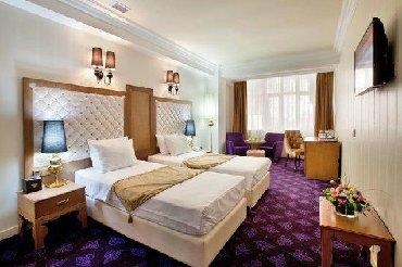 Hostel bir qoravati 10 azn luks otelin bir otagi hostel kimi verilir