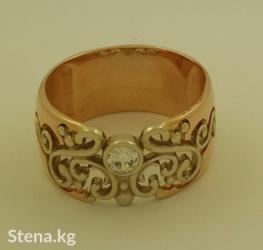 Шикарное обручальное кольцо с цирконом в Бишкек