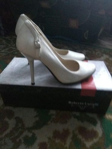 Новые туфли 35(36) размер. запылились на складе отдам за 100 с. в Бишкек