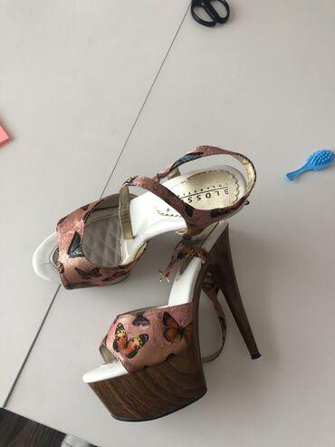 Личные вещи - Чаек: Туфли на платформе с высоким каблуком