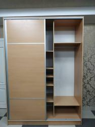шкаф купе в Кыргызстан: Продается гардеробный шкаф-купе деревянный, светло-коричневый в