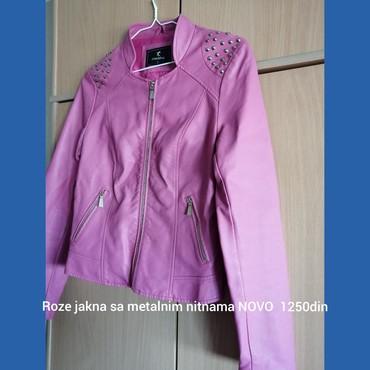 Zenska roze jakna. Imitacija kože. Sa nitnama. Novo. Ima jednu malo - Belgrade